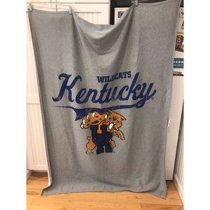 Kentucky Wildcats Grey Sweatshirt Blanket